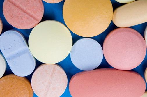 Различия между БАДами и витаминами